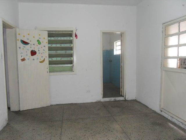 Local Comercial Carabobo>Valencia>Michelena - Venta:0  - codigo: 16-8112