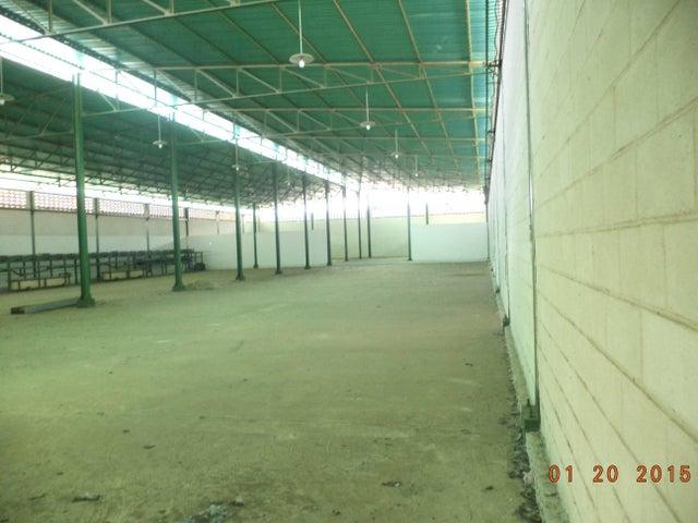 Industrial Miranda>Santa Teresa>La Raiza - Venta:57.682.000.000 Bolivares - codigo: 16-8165