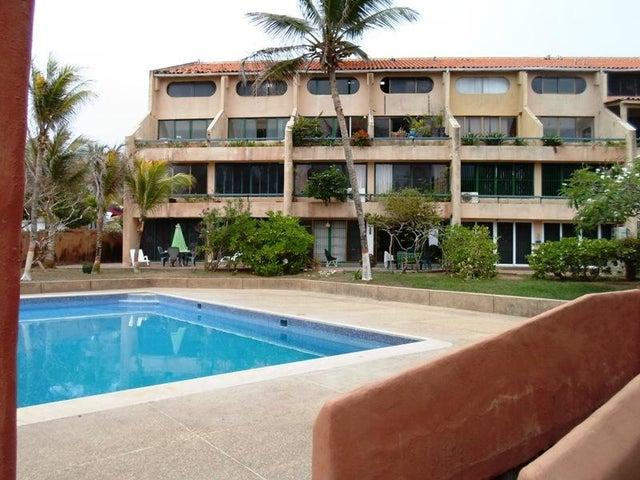 Apartamento Nueva Esparta>Margarita>El Cardon - Venta:11.279.000.000 Bolivares Fuertes - codigo: 16-8184