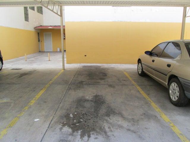 Apartamento Distrito Metropolitano>Caracas>El Paraiso - Venta:19.782.000.000 Bolivares Fuertes - codigo: 16-8322