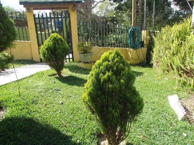 Casa Distrito Metropolitano>Caracas>El Junquito - Venta:100.000 US Dollar - codigo: 16-8194