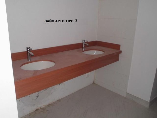 Apartamento Distrito Metropolitano>Caracas>La Castellana - Venta:210.090.000.000 Precio Referencial - codigo: 16-8253