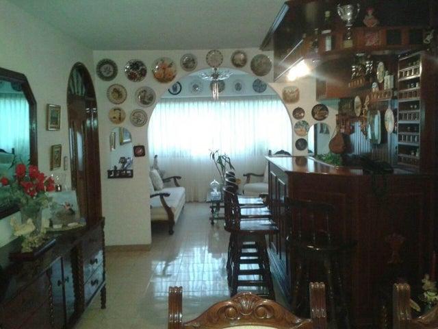 Apartamento Distrito Metropolitano>Caracas>Santa Fe Norte - Venta:87.935.000.000 Precio Referencial - codigo: 16-8254