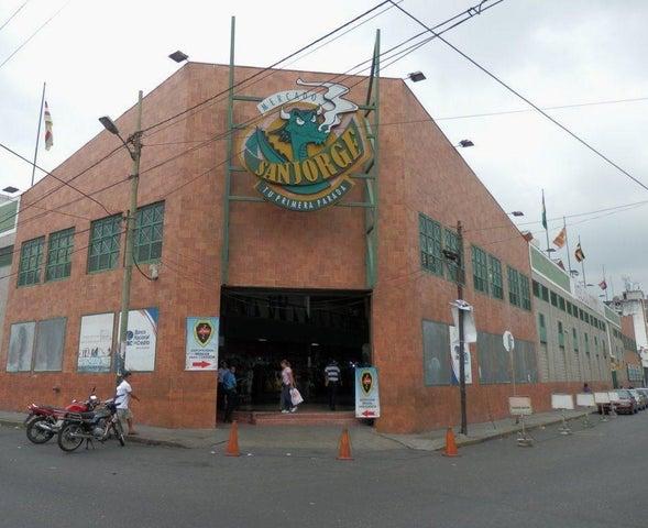 Local Comercial Distrito Metropolitano>Caracas>Cementerio - Venta:2.302.000.000 Bolivares - codigo: 16-8269