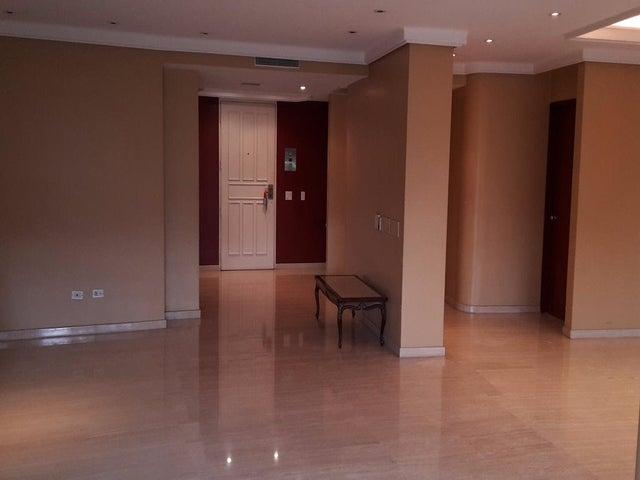Apartamento Distrito Metropolitano>Caracas>Los Chorros - Venta:117.685.000.000 Bolivares Fuertes - codigo: 16-8306