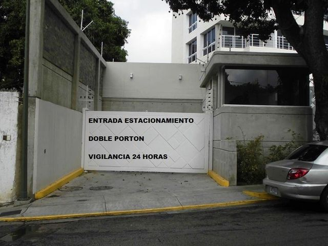 Apartamento Distrito Metropolitano>Caracas>La Castellana - Venta:80.058.000.000 Bolivares Fuertes - codigo: 16-8307