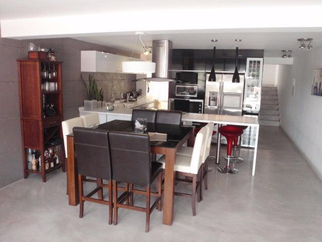 Townhouse Distrito Metropolitano>Caracas>Villa Nueva Hatillo - Venta:146.162.000.000 Precio Referencial - codigo: 16-8422