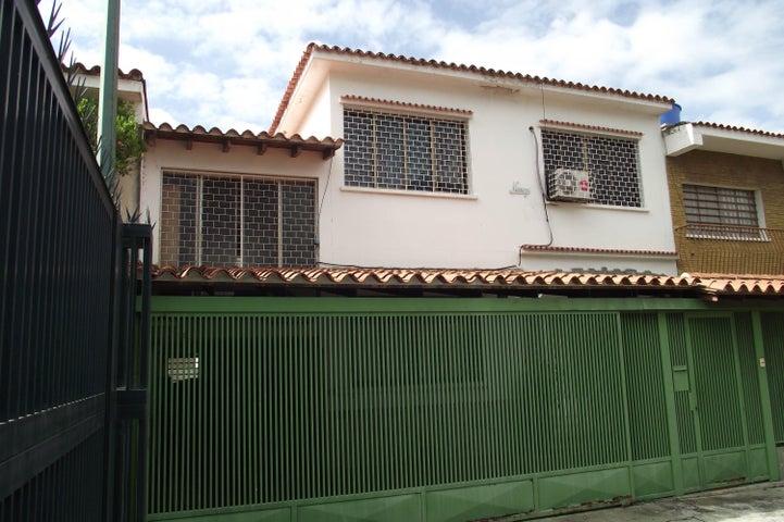 Casa Distrito Metropolitano>Caracas>Horizonte - Venta:36.000.000.000 Bolivares Fuertes - codigo: 16-8474