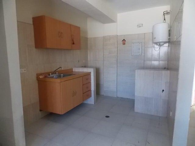 Apartamento Falcon>Punto Fijo>Zarabon - Venta:23.500.000 Bolivares Fuertes - codigo: 16-8513