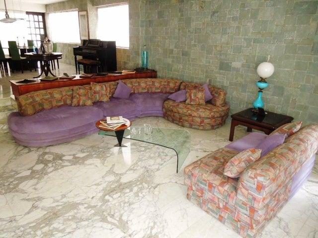 Apartamento Distrito Metropolitano>Caracas>La Florida - Venta:725.461.000.000 Precio Referencial - codigo: 16-8520
