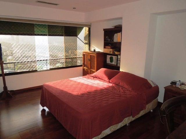 Apartamento Distrito Metropolitano>Caracas>Colinas de Bello Monte - Venta:285.969.000.000 Precio Referencial - codigo: 16-8522