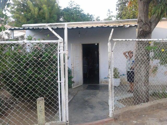 Terreno Zulia>Maracaibo>18 de Octubre - Venta:20.000.000 Bolivares - codigo: 16-8537