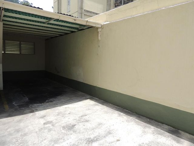Apartamento Distrito Metropolitano>Caracas>La Trinidad - Venta:33.838.000.000 Bolivares Fuertes - codigo: 16-8659