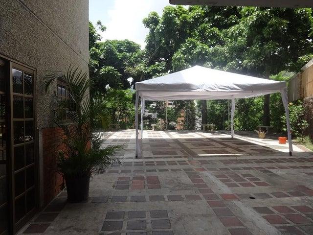 Apartamento Distrito Metropolitano>Caracas>Santa Paula - Venta:141.096.000.000 Precio Referencial - codigo: 16-8554