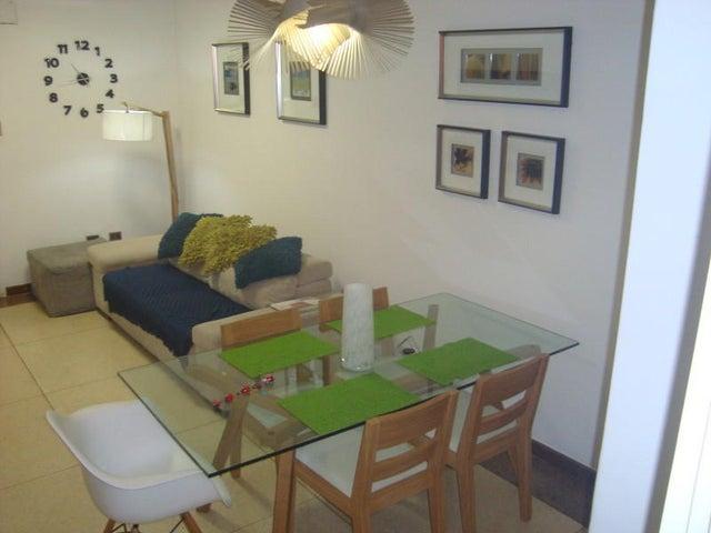 Apartamento Distrito Metropolitano>Caracas>Bello Campo - Venta:16.291.000.000 Bolivares Fuertes - codigo: 16-8562