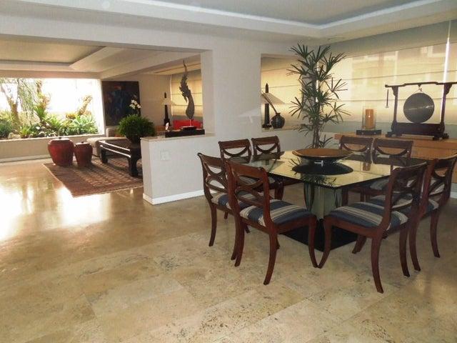 Apartamento Distrito Metropolitano>Caracas>Terrazas del Avila - Venta:103.827.000.000 Bolivares Fuertes - codigo: 16-8580