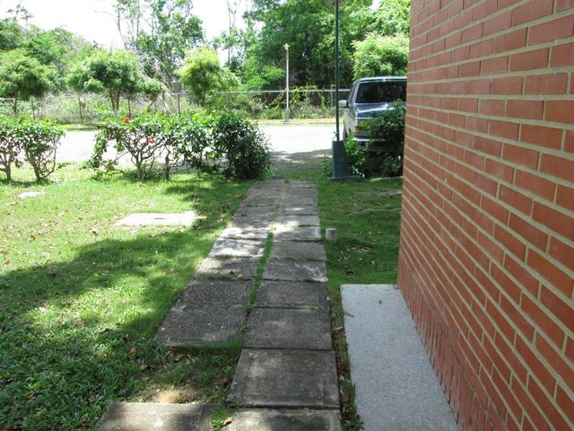 Apartamento Miranda>Rio Chico>Los Canales de Rio Chico - Venta:16.552.000.000 Precio Referencial - codigo: 16-8637