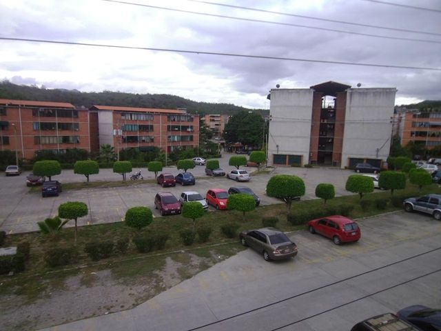 Apartamento Miranda>Guatire>El Ingenio - Venta:5.634.000.000 Precio Referencial - codigo: 16-8685