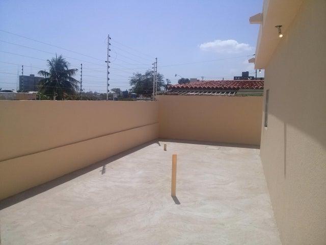 Casa Zulia>Maracaibo>Monte Bello - Venta:25.000.000 Bolivares - codigo: 16-8724