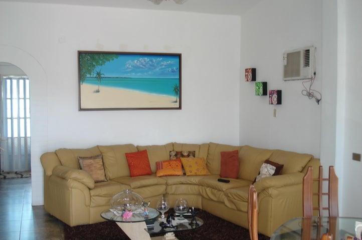 Casa Miranda>Higuerote>Club Campestre El Paraiso - Venta:3.491.000.000 Bolivares - codigo: 16-8825