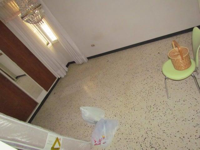 Apartamento Distrito Metropolitano>Caracas>La Urbina - Venta:47.661.000.000 Precio Referencial - codigo: 16-8835