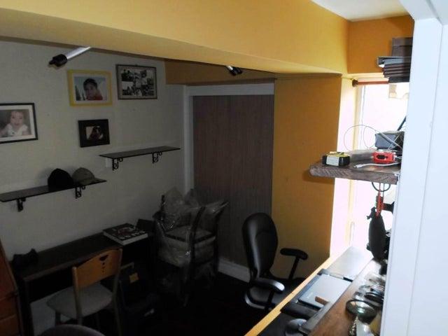 Apartamento Distrito Metropolitano>Caracas>Manzanares - Venta:75.113.000.000 Precio Referencial - codigo: 16-8892