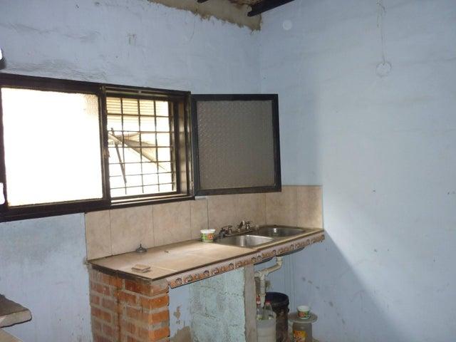 Casa Lara>Cabudare>Parroquia Agua Viva - Venta:346.000.000 Bolivares - codigo: 16-8823