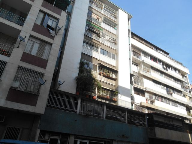 Apartamento Distrito Metropolitano>Caracas>Chacao - Venta:1.736.000.000 Bolivares Fuertes - codigo: 16-9276