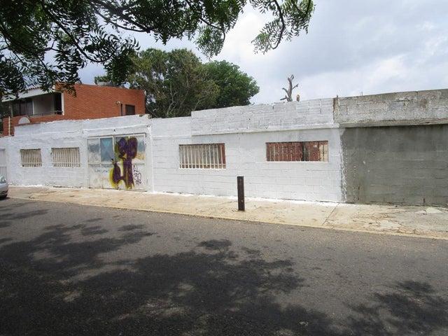Terreno Zulia>Maracaibo>La California - Venta:9.229.000.000 Bolivares - codigo: 16-6992