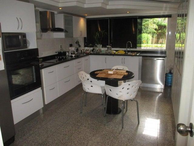 Apartamento Distrito Metropolitano>Caracas>Los Naranjos del Cafetal - Venta:39.139.000.000 Bolivares Fuertes - codigo: 16-8959