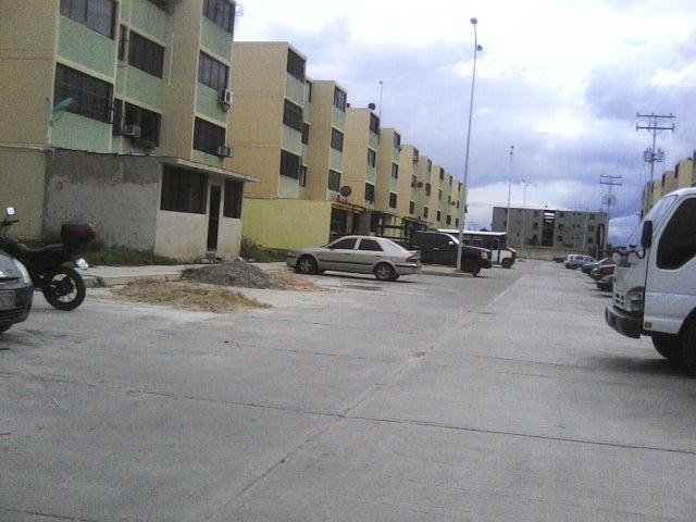 Apartamento Carabobo>Municipio Los Guayos>Buenaventura - Venta:1.177.000.000 Bolivares Fuertes - codigo: 16-8894