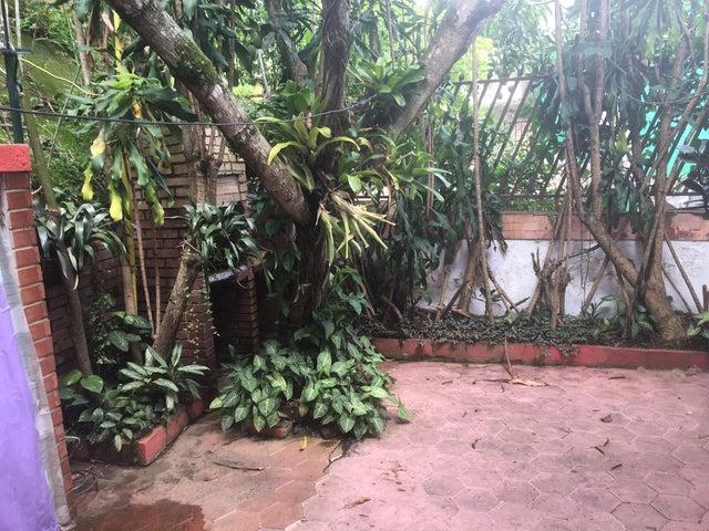 Apartamento Distrito Metropolitano>Caracas>La Trinidad - Venta:140.000 US Dollar - codigo: 16-8940