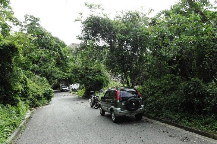 Terreno Distrito Metropolitano>Caracas>Cerro Verde - Venta:365.000 Precio Referencial - codigo: 16-8974