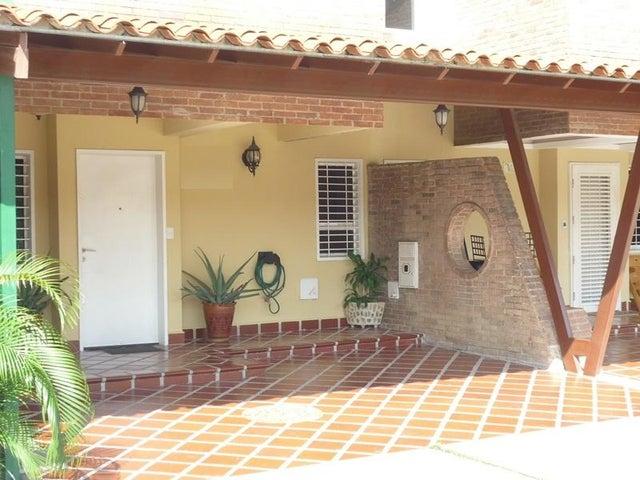 Townhouse Carabobo>Municipio San Diego>Trigal de san diego - Venta:65.000.000 Bolivares - codigo: 16-8999