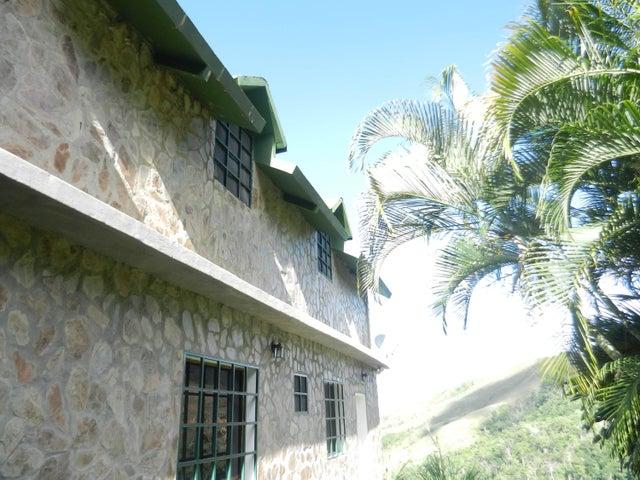 Casa Distrito Metropolitano>Caracas>Colinas de Caicaguana - Venta:18.507.000.000 Bolivares - codigo: 16-9000