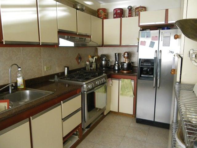 Apartamento Distrito Metropolitano>Caracas>Santa Rosa de Lima - Venta:24.814.000.000 Bolivares Fuertes - codigo: 16-9061