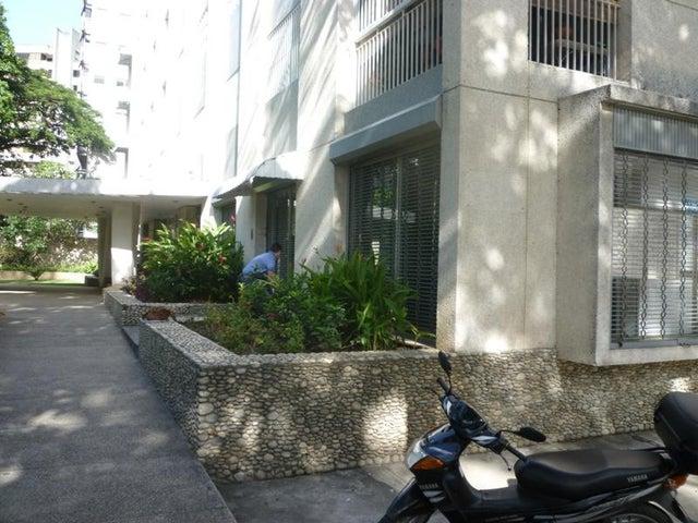 Local Comercial Distrito Metropolitano>Caracas>Los Palos Grandes - Venta:380.000 Precio Referencial - codigo: 16-9077