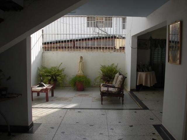 Casa Falcon>Coro>Los Orumos - Venta:6.316.000.000 Bolivares - codigo: 16-9095