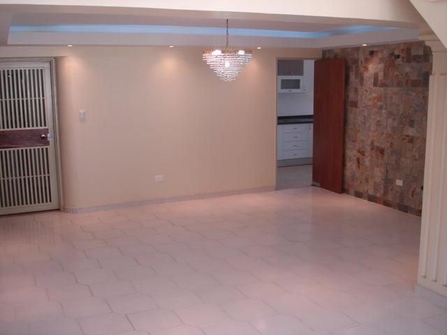 Apartamento Distrito Metropolitano>Caracas>Montalban III - Venta:27.692.000.000 Bolivares Fuertes - codigo: 16-9127