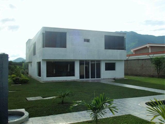Casa Carabobo>Municipio San Diego>Sabana del Medio - Venta:16.153.000.000 Bolivares - codigo: 16-9141