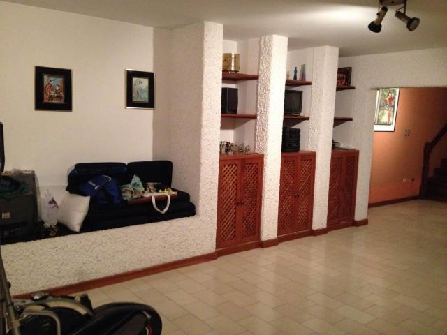 Casa Distrito Metropolitano>Caracas>Colinas de Santa Monica - Venta:152.681.000.000 Precio Referencial - codigo: 16-9149