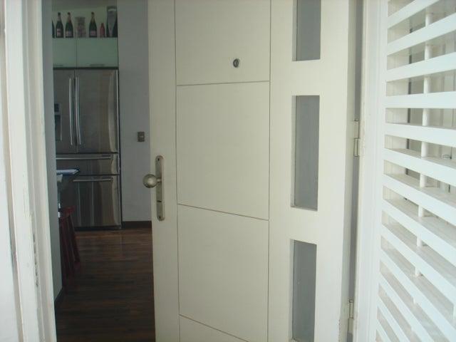 Apartamento Distrito Metropolitano>Caracas>Miravila - Venta:38.129.000.000 Precio Referencial - codigo: 16-9179
