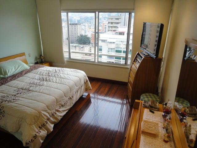 Apartamento Distrito Metropolitano>Caracas>La Campiña - Venta:250.000 Precio Referencial - codigo: 16-9174