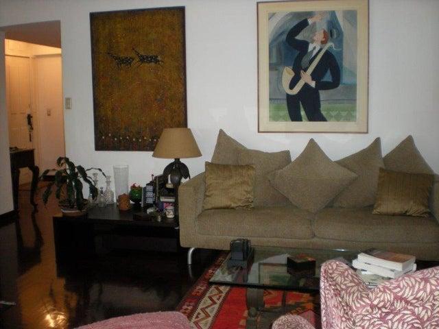 Apartamento Distrito Metropolitano>Caracas>Los Palos Grandes - Venta:105.356.000.000 Precio Referencial - codigo: 16-9207