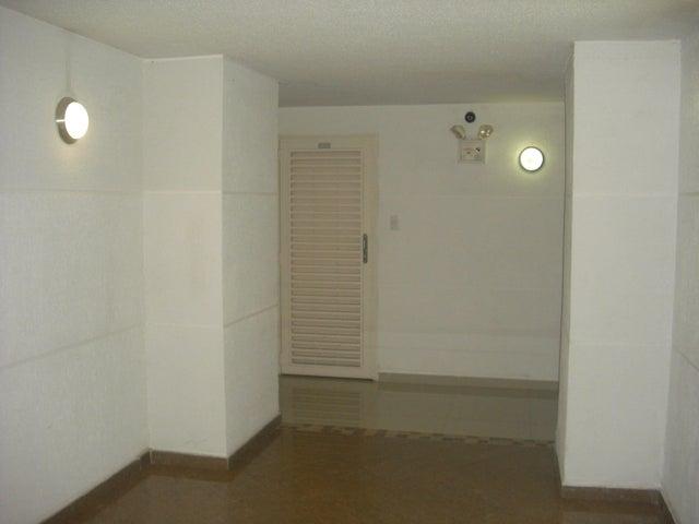 Apartamento Distrito Metropolitano>Caracas>Lomas del Sol - Venta:136.300.000  - codigo: 16-9252