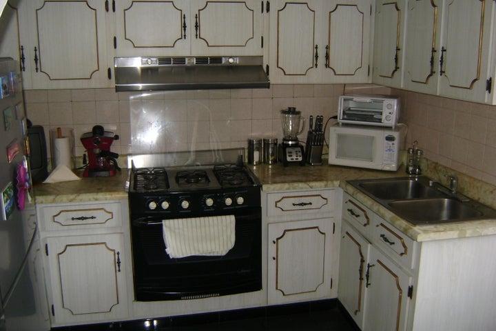 Apartamento Distrito Metropolitano>Caracas>La Urbina - Venta:168.207.000.000 Precio Referencial - codigo: 16-9333