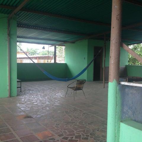 Casa Carabobo>Municipio Libertador>Bella Vista - Venta:4.753.000.000 Bolivares - codigo: 16-9339