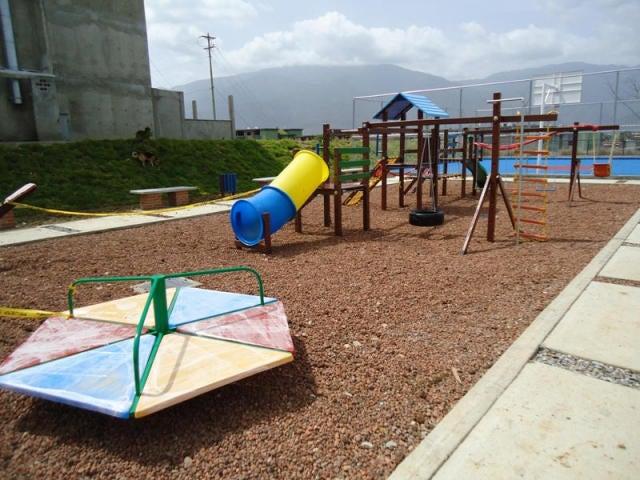 Apartamento Miranda>Guatire>La Sabana - Venta:31.500.000 Bolivares Fuertes - codigo: 16-9393