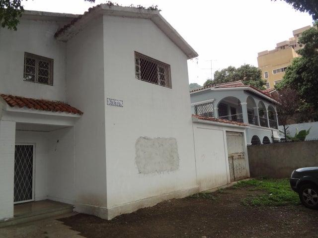 Casa Distrito Metropolitano>Caracas>El Paraiso - Venta:680.000.000 Bolivares - codigo: 16-9438