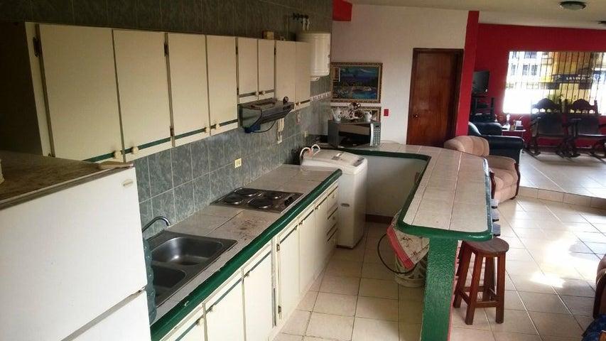 Apartamento Miranda>Higuerote>Cabo Codera - Venta:3.525.000.000 Bolivares Fuertes - codigo: 16-9440